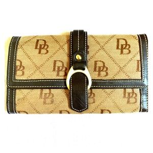 Dooney and Bourke Logo Canvas Wallet